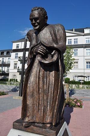 Straaten, Werenfried van (1913-2003)