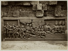 KITLV 28064 - Kassian Céphas - Relief of the hidden base of Borobudur - 1890-1891.tif
