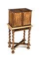 Kabinettskåp på fotställ, 1600-tal - Hallwylska museet - 109824.tif