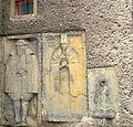 Kamienna Góra, kościół pw. śś. Piotra i Pawła, płyty nagrobne na kościele DSC07415.JPG