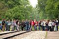 Kamp Westerbork met schoolklas.jpg