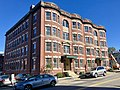 Kearsarge Apartments, Concord, NH (49188738461).jpg