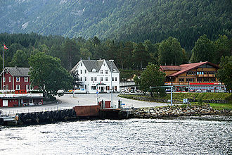 Kinsarvik - View of the village