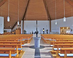 Kirkel Pfarrkirche St. Joseph Innen 01.JPG