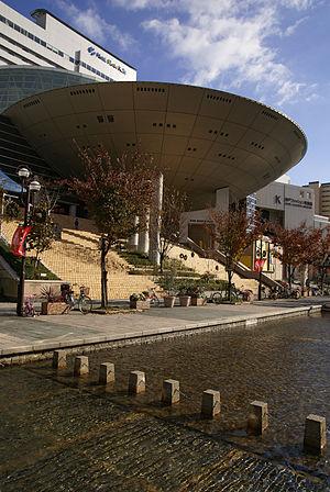 Kobe fashion museum01s3200.jpg