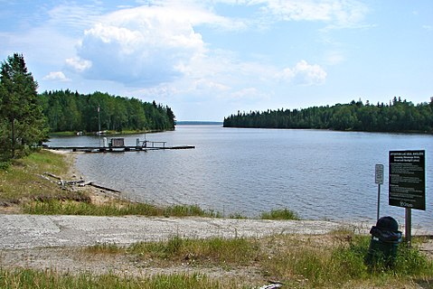 List of lakes of canada wikivisually for Lac seul fishing