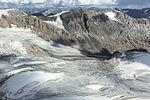 Lakina Glacier Tributary (2) (21588105816).jpg