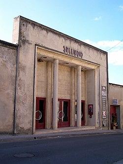 Langoiran Cinéma Splendid.jpg