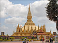 Le That Luang (Vientiane) (4345422543).jpg