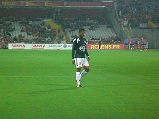 César Zeoula football player