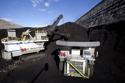North Antelope Rochelle Mine, the largest estimated coal mine reserve in the world, as of 2013 Liebherr T282C Coal Haul Truck.png