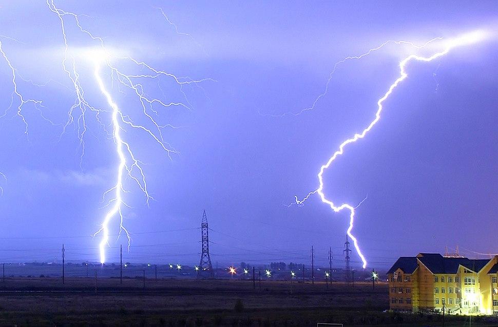 Lightning over Oradea Romania zoom