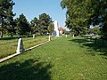 Lines of graves. Soviet military monument and cemetery. - Simontornya.JPG