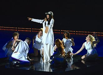 Loreen (singer) - Loreen performing at Art on Ice 2014 at the Ericsson Globe in Stockholm.