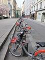 Lyon 2e - Station Vélo'v 2013, place des Célestins 1 (mars 2019).jpg