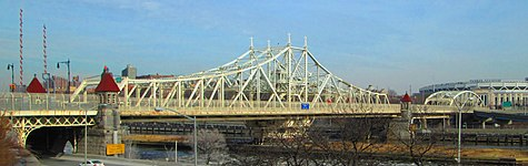 Macombs Dam Bridge from Adam Clayton Powell Jr. Blvd approach.jpg