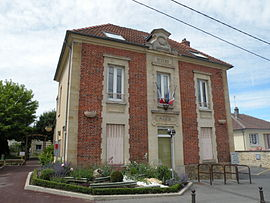 The town hall of Menucourt