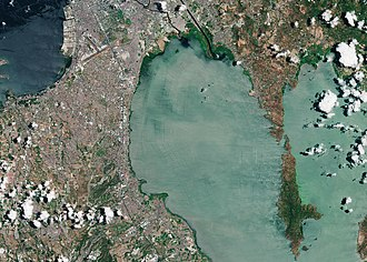 Muntinlupa - Photo of Muntinlupa along Laguna de Bay and nearby cities captured by the Copernicus Sentinel-2A satellite on 8 May 2016