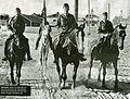 Mannerheim färdas till häst.jpg