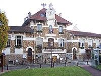Mareil-Marly Mairie.JPG