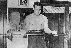 Masutatsu Oyama being trained.jpg