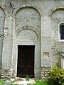 Mayrègne église portail.JPG