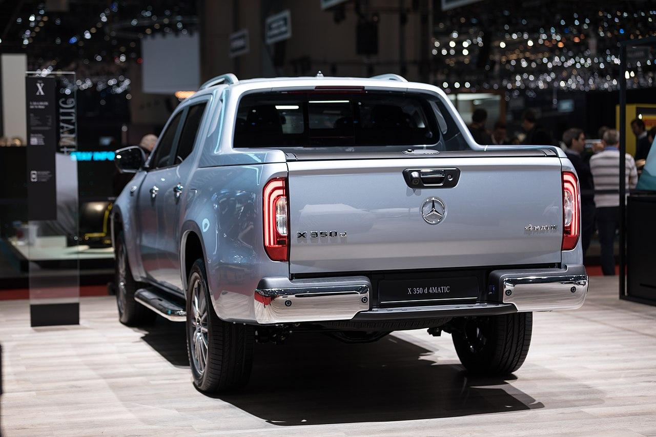 File:Mercedes-Benz X 350 d, Le Grand-Saconnex (1X7A9715