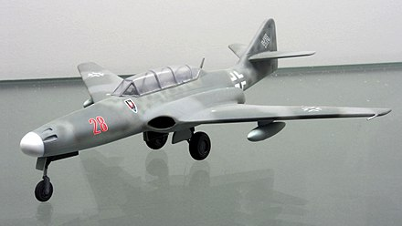 Scale model of one of the Me 262 HG III versions at the Technikmuseum Speyer Messerschmitt Me 262 HG III pic1.JPG