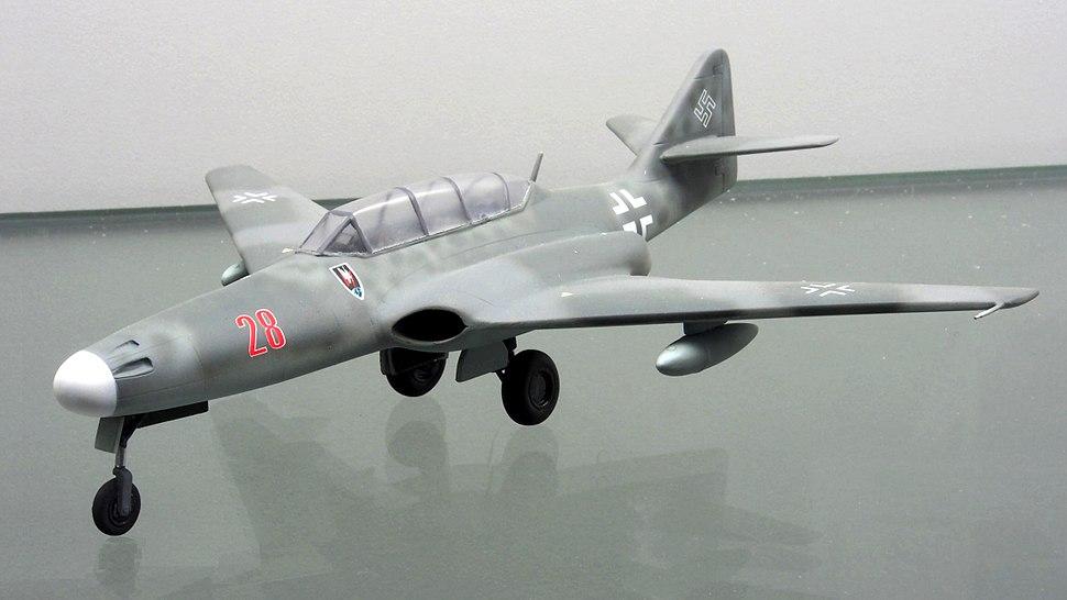 Messerschmitt Me 262 HG III pic1