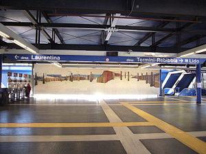 Piramide (Rome Metro) - Beverley Pepper mosaic