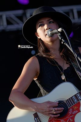 Michelle Branch live in 2014.