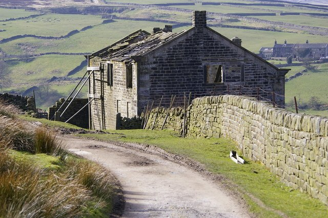 Middle Intake Farm and Bronte Way footpath - geograph.org.uk - 364521