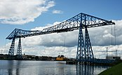 Middlesbrough Transporter Bridge, stockton side.jpg
