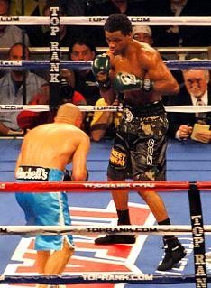 Mike Jones (boxer) American boxer