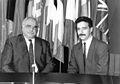 Mit Helmut Kohl 1994.jpg
