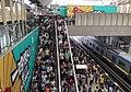 Monday morning rush at Xi'erqi Station, southbound (20170904084448).jpg