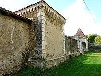 Montbron château Menet.JPG