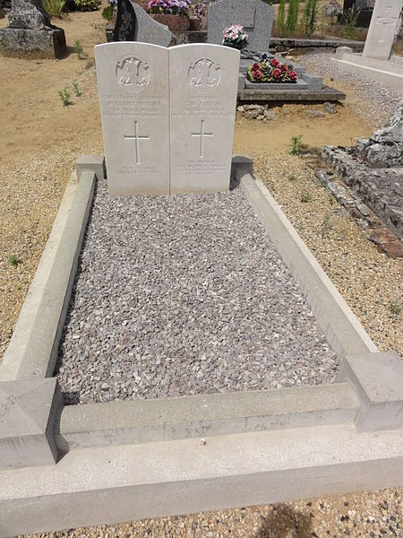 Moulins (Aisne) tombe de guerre de la CWGC