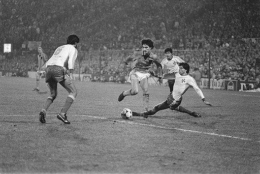Nederland tegen Malta 5-0, voorronde EK-voetbal Gerald Vanenburg in actie, Bestanddeelnr 932-8124