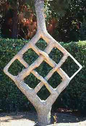 Tree shaping - Image: Needle n thread