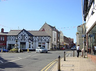 Neston - Image: Neston Town Centre geograph.org.uk 180564