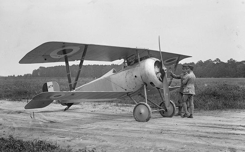 800px-Nieuport_17_LOC_hec.09329.jpg