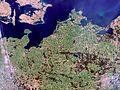 Northern Germany and Southern Denmark - MERIS - 22 April 2002 ESA196708.jpg
