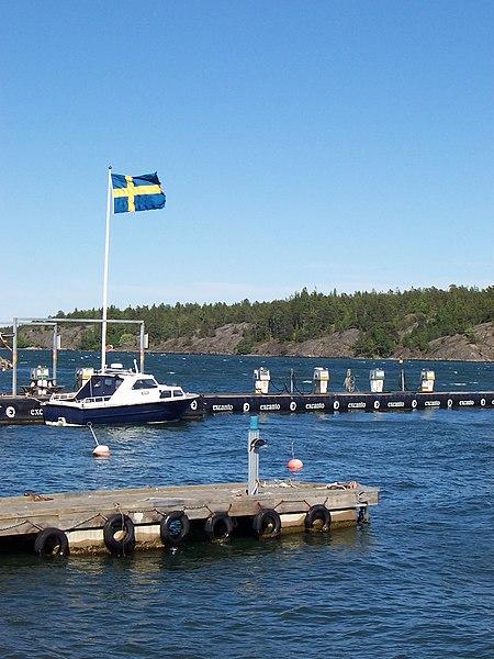 File:Nynäshamn - panoramio.jpg