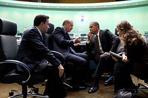 2010 G20 Seoul summit - American President Obama and Turkish Prime Minister Erdoğan in conversation.