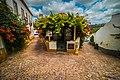 Obidos street split house (50170095051).jpg