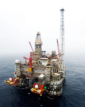 Heidrun oil field - Image: Offshore Heidrun (8220915890)