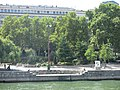 One of the three amphitheaters of the jardin Tino-Rossi (Paris) used by dancers some evenings.jpg