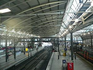 Transport in Leeds - Leeds station after the 2002 rebuild