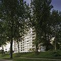 Overzicht met begroeiing op de voorgrond - Rotterdam - 20389099 - RCE.jpg